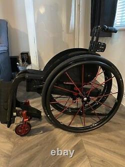 Lightweight folding Wheelchair Kuschall Champion Carbon